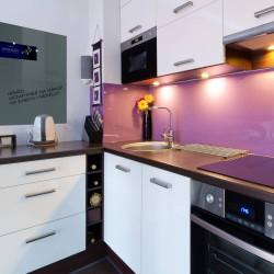 Skleněná magnetická tabule - šedá antracitová  do kuchyně